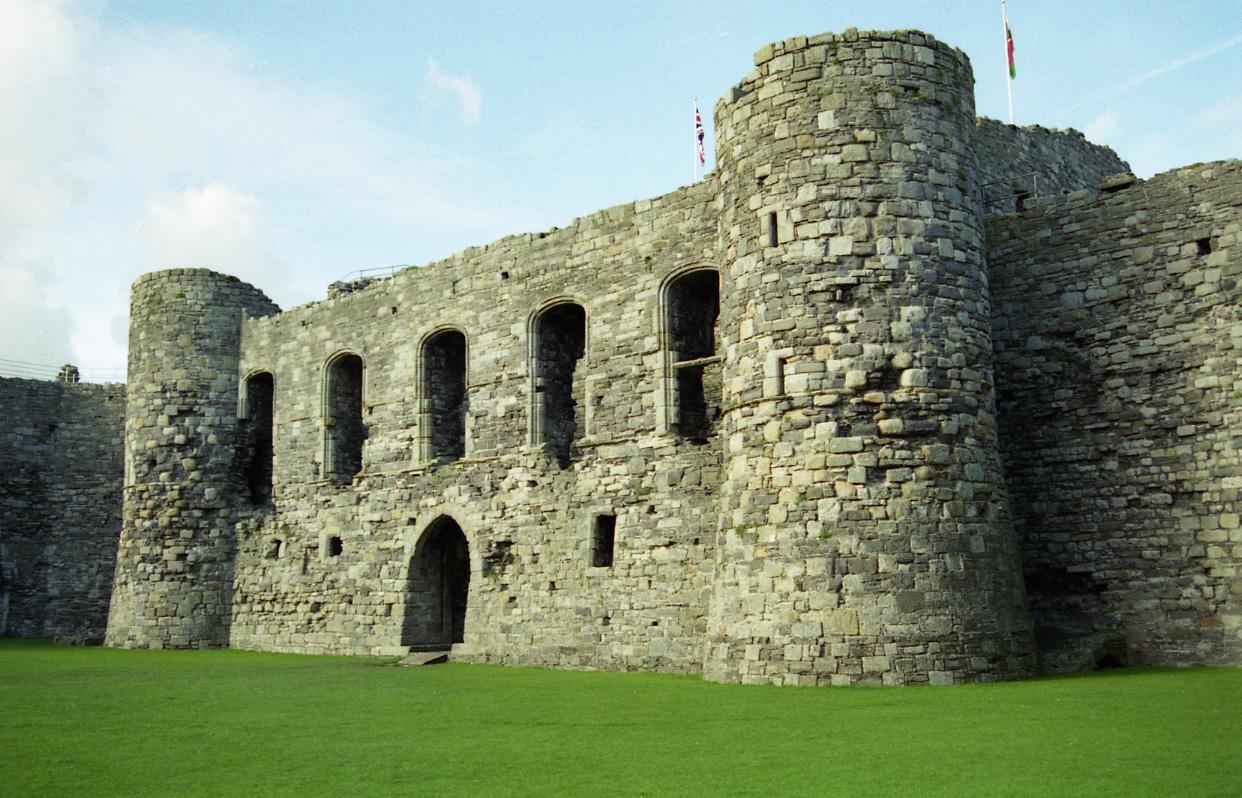 Great Castles Gallery Beaumaris Castle