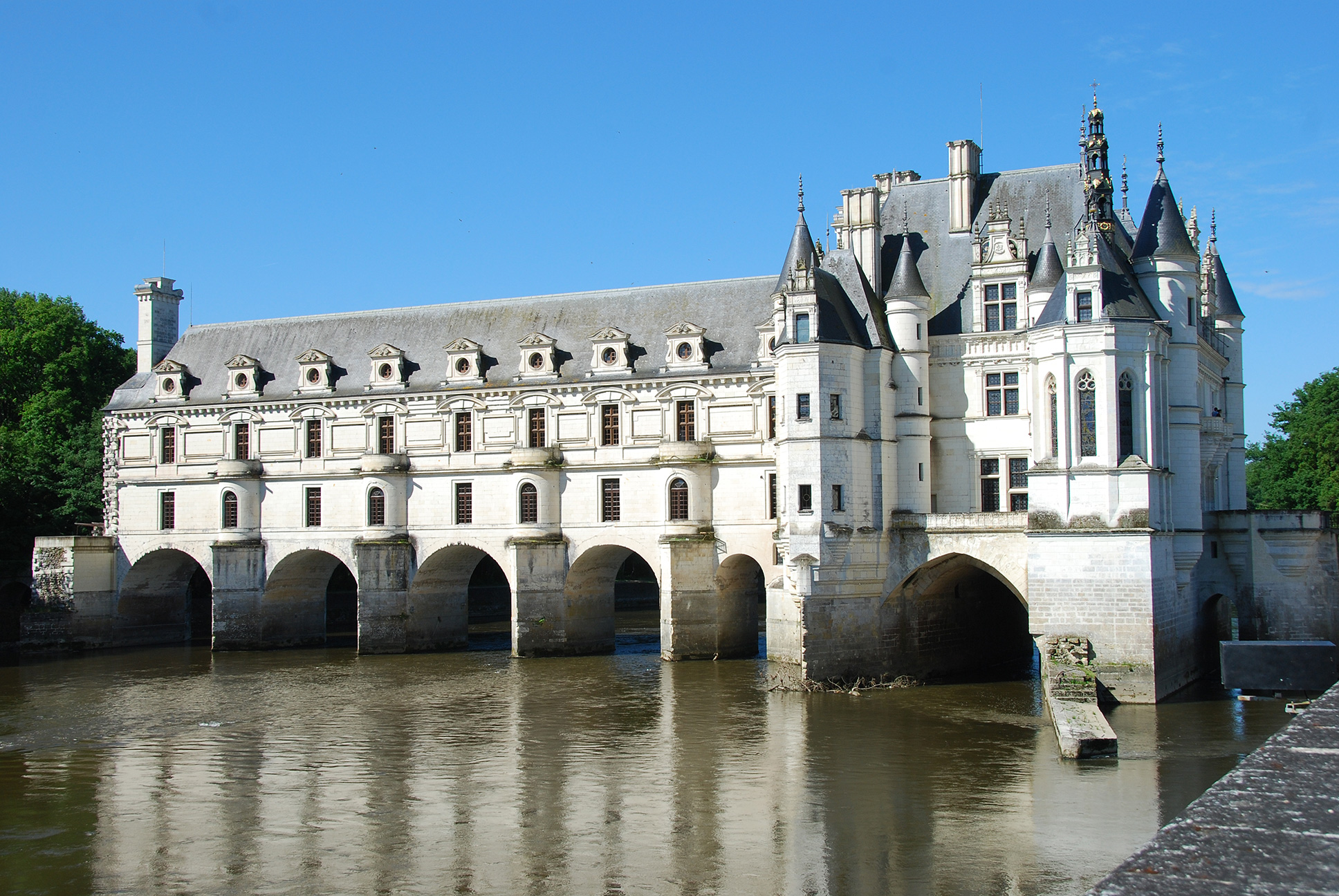 map of the loire valley with Chenonghost on Ferienwohnung Unterkunft Cluny 118113 also 8664047382 likewise Ch s Elysees besides Chenonghost moreover Annecy.