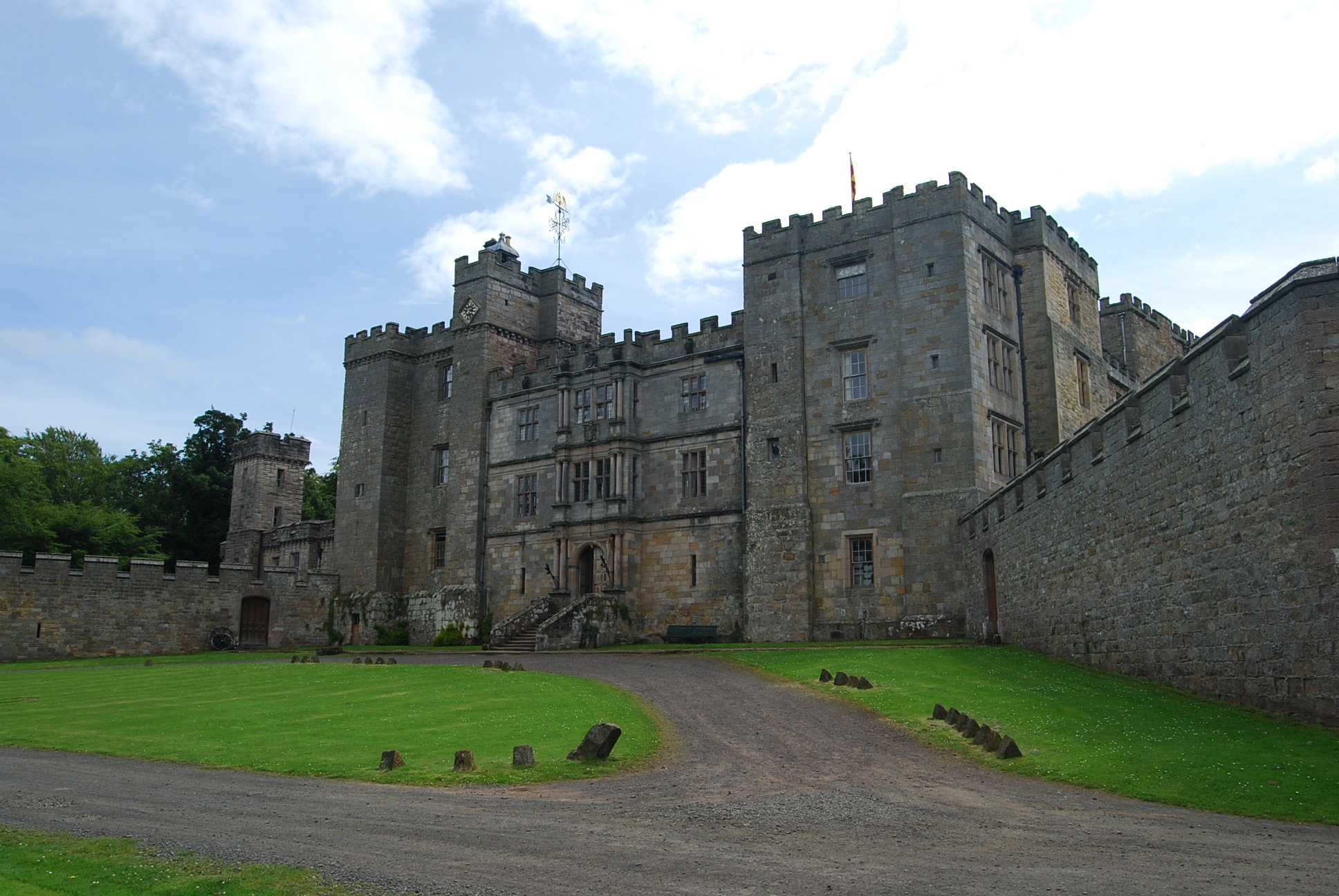 Great Castles - Gallery - Chillingham Castle - Northumberland England