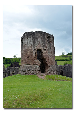 Skenfrith Castle, Monmouthshire Wales